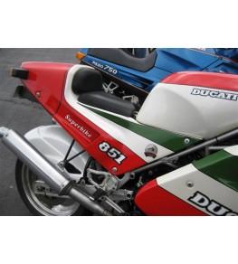 Coque arrière / selle monoplace Ducati Superbike 851 / 888 montée