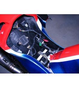 Coque arrière autoporteuse RCV Réplica VFR 90-93 éléments electrique replacés et refixés