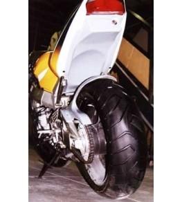 Passage de roue CBR 929 RR 00-01 monté et peint