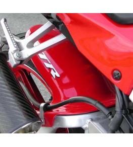 Garde boue arrière VTR SP1 et SP2 vue de droite monté et peint
