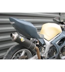 Coque arrière monoplace Racing SV 650 99-02 SVXR vue arrière avec montage feu arrière