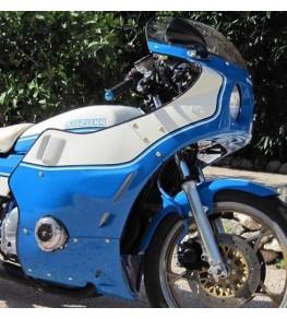 Carénage Sport 406 en 4 parties montage sur Suzuki GS1000S
