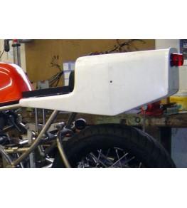 Selle / coque arrière Honda 1000 RS vue gauche
