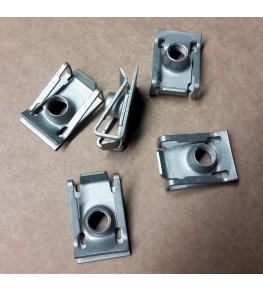 Agrafes diamètre 6mm vendu en sachet de 5