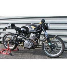 Réservoir polyester transfo SLR 650 montage sur moto complète