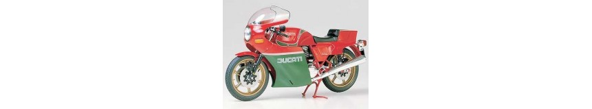 Carénages Poly 26 en polyester pour Ducati Mike Hailwood Réplica, carénage en 2 parties...