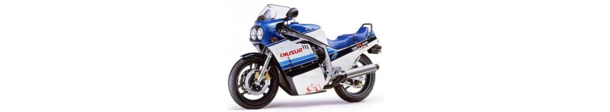 Carénages en polyester pour Suzuki GSXR 750 de 1985, en 5 parties coupe origine, version Endurance en 2 parties avec sabot fermé